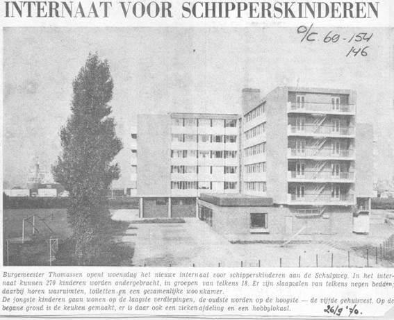 Krantenartikel van het Internaat voor Schipperskinderen te Rotterdam aan wie van Stek doorstroomboilers leverde.